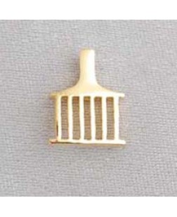 G382 Allied Lapel Pin - Gilt